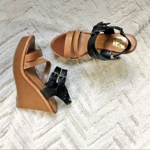 Dolce Vita brown and black leather wedges 487A